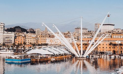 Alitalia: Discover the best of Genoa
