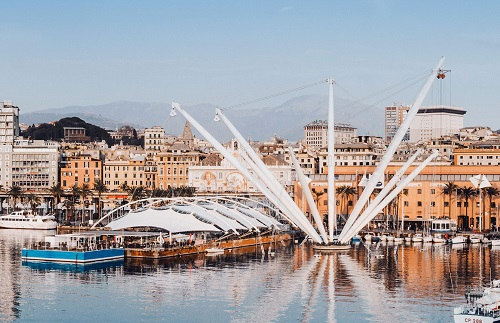 Alitalia: Discover the best of Genoa